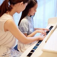 「中学受験、習い事との両立はできる?」記事サムネイル