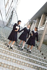 学園 中学校 跡見 伝統文化の上に立ち 全人教育をめざす創立者の思い